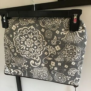 THIRTY ONE GRAY WOODBLOCK FLORAL Cosmetic Bag